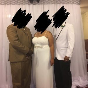 Dresses - Gently used wedding dress and new cover up